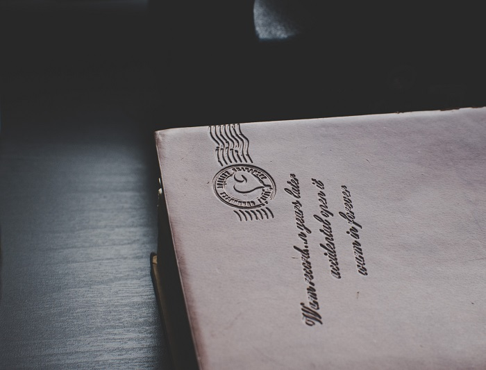 ビジネスマナーとして知っておくべき、契約書の郵送方法を徹底解説