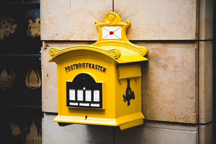契約書を郵便で送るときのマナーと具体的な送付方法を詳しく解説