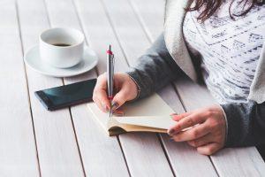 賃貸契約の連帯保証人になる手順と注意点、保証人との違いを解説