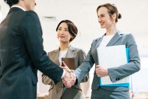 契約書の合意管轄の概要と記載がない場合の対応方法を解説