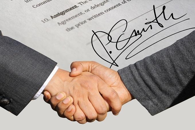 契約書における通知条項の意味とは?通知方法や注意点も紹介