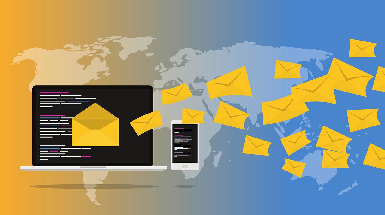 クラウドメールってどんなもの?導入するメリットとデメリットを解説